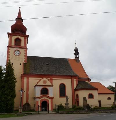 Kostel v Dolní Krupé.